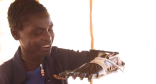 3D Printing Arms For Children in Sudan – 3D Printing Miracles!